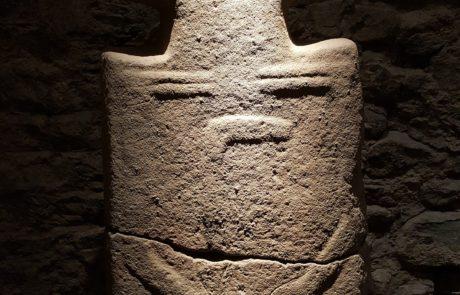 Pontremoli, statue stele